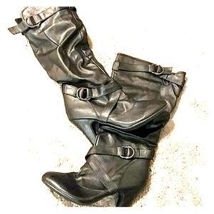 Shoes - Size 9 black boots